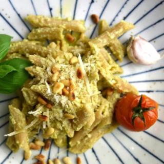 Pasta mit cremigen Pesto