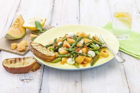 Frühlingssalat mit Spargel und Melone