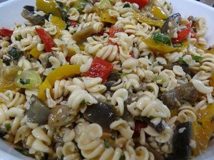 Kichererbsen-Spirelli-Salat