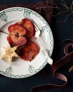 Liebesapfel mit Zimtparfait